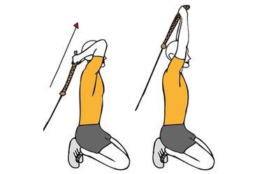 Extensión de triceps con cable-polea y cuerda de rodillas