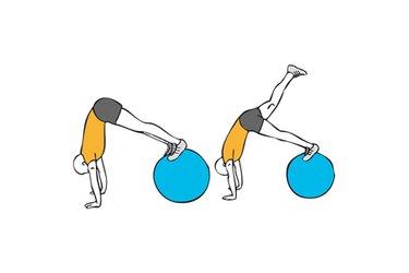 Extensión de cadera sobre pelota de pilates