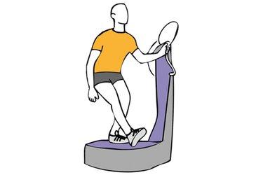 Apoyo sobre el talón de la pierna adelantada sobre plataforma vibratoria