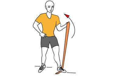 Curl de biceps con banda elastica