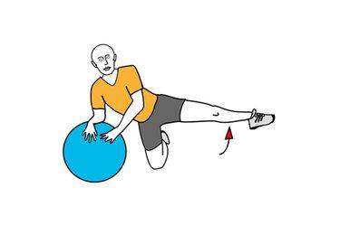 Abducción de una pierna apoyado en pelota de pilates