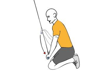 Extensión de triceps con cable-polea de rodillas sentado sobre los talones