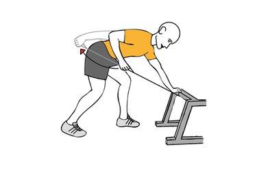 Extensión de triceps con cable-polea inclinado y apoyado en banco plano