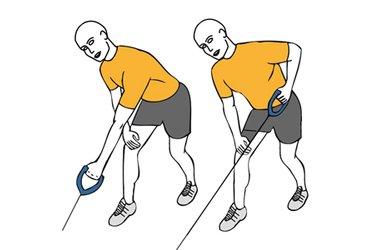 Remo a una mano de pie con cable-polea inclinado adelante
