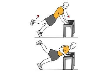 Flexión de brazos y extensión de cadera apoyado en banco